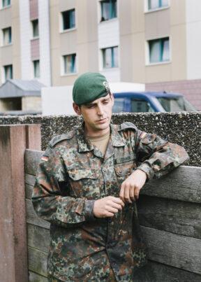 Bundeswehr SeminareBad SalzungenKaserneSoldat in der Mittagspause