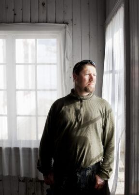 NorwegenFokstuguAuf dem Hof FokstuguGefangeneer Sven