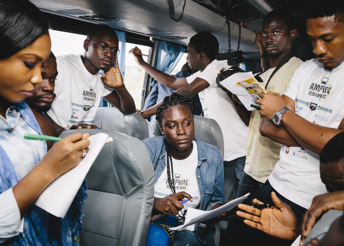 Afrika Ampion Bus Tour