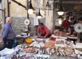 SyracusMarkt in der Historischen AltstadtSizilienSüdküste